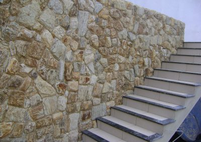 Pedra Almofadada Madeira